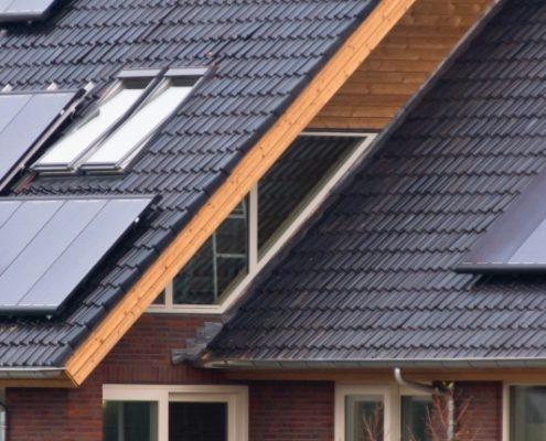 Solceller gør både private og virksomheders bygninger mere værd